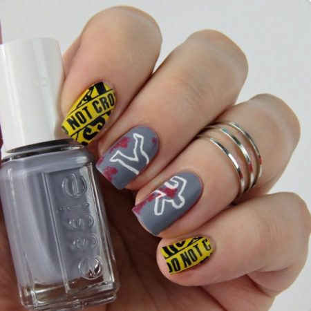 Halloween Nageldesign Crime Scene Nails