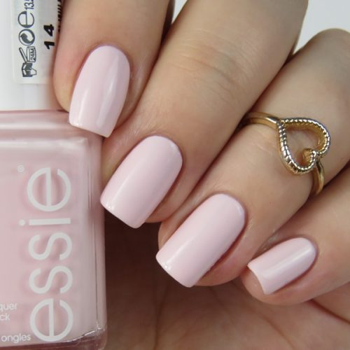 essie fiji 2015: rosa essie Nagellack