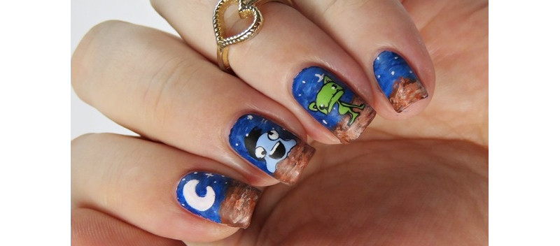 Nageldesign-mit-Aliens-mattiert