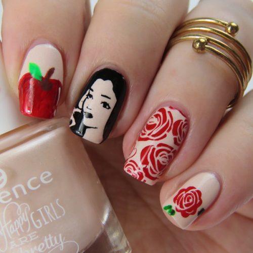 Snow White Stamping Nail Art: Schöne Nageldesign Bilder mit Schneewittchen als Stempel Nageldesign.