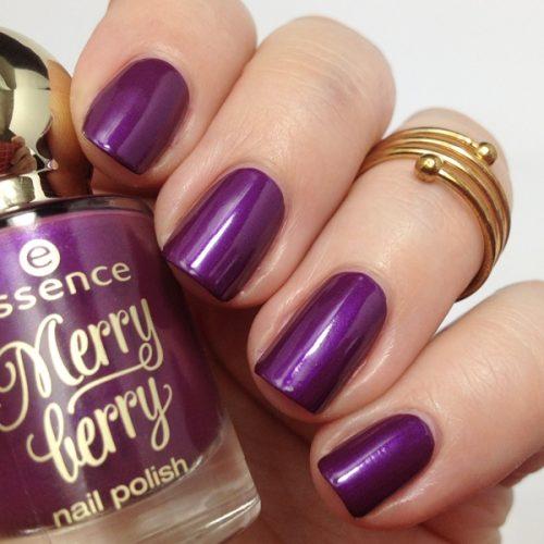 essence merry berry 02 purple with purpose Nagellack