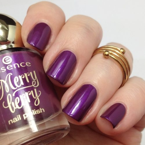 essence merry berry 02 purple with purpose Nagellack