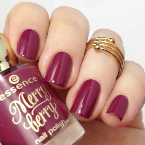 essence merry berry 03 pink & perfect Nagellack
