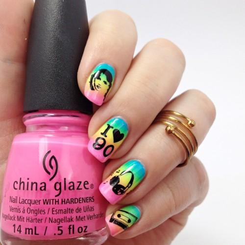 90s Neon Gradient Nail Art: Buntes Regenbogen Nageldesign mit Neon Nagellack