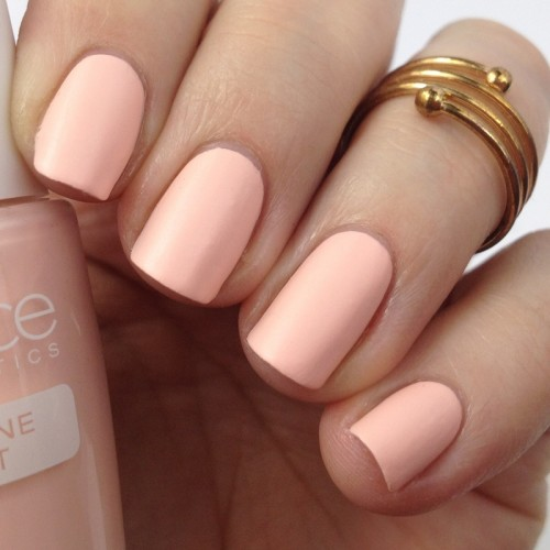 Catrice Bold Softness C03 Soft Pinkmentation Nail Polish Swatch