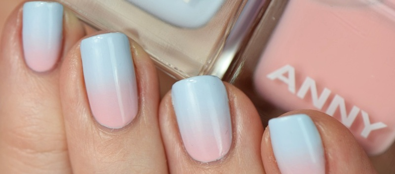 Anny Pantone Farben Rose Quartz und Serenity Gradient Nail Art