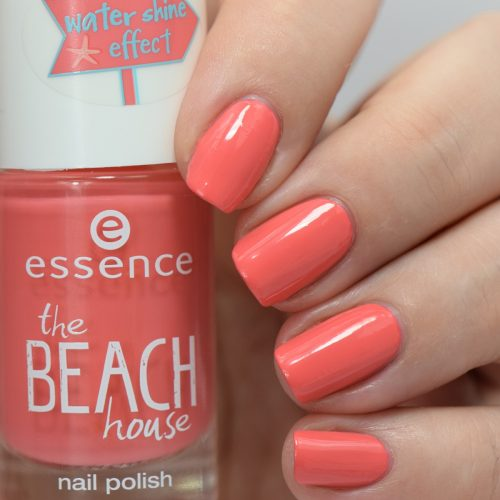 essence the beach house nail polish 01 beachy keen Swatches