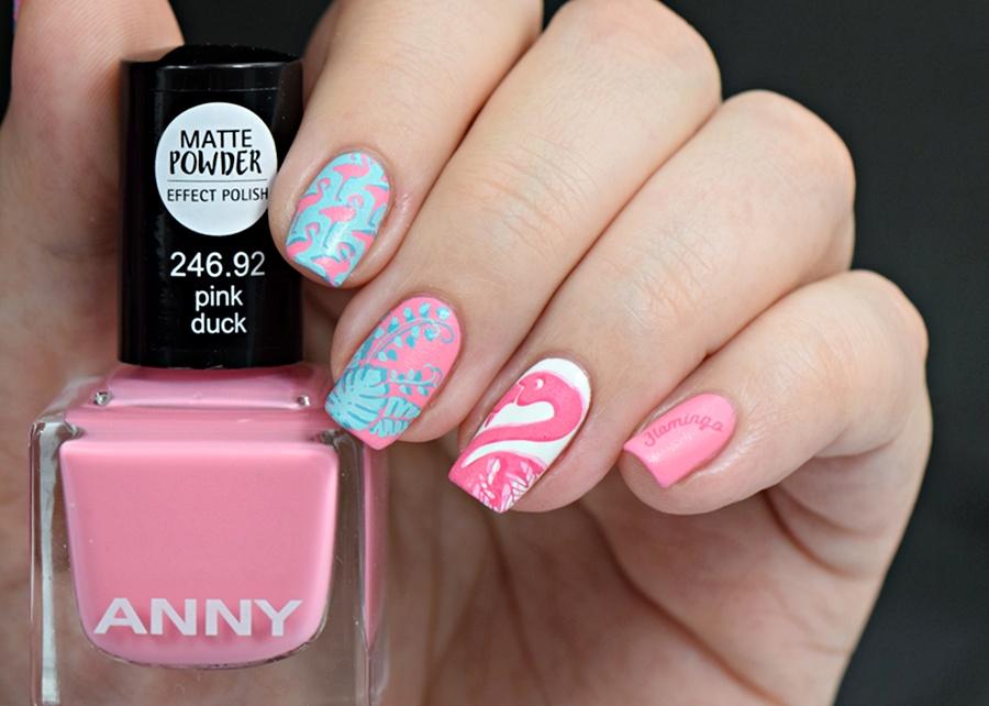 Summer Nails Flamingo Nail Design