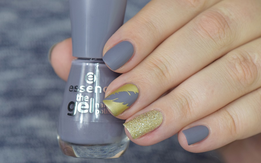 essence the gel nail polish 87 gossip girl nageldesign