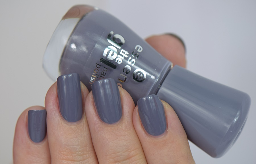 essence the gel nail polish 87 gossip girl