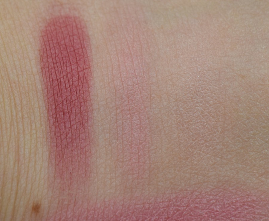 catrice-retrospective-multicolour-blush-c01-retro-rosiness-swatches