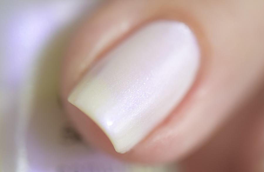 Sally Hansen Complete Salon Manicure 120 Luna Pearl mit Keratin Komplex