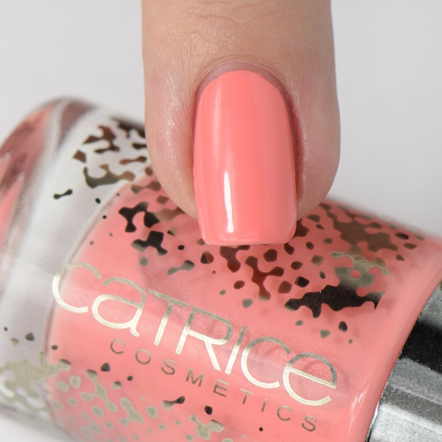 catrice-retrospective-c05-retro-rosiness-swatches