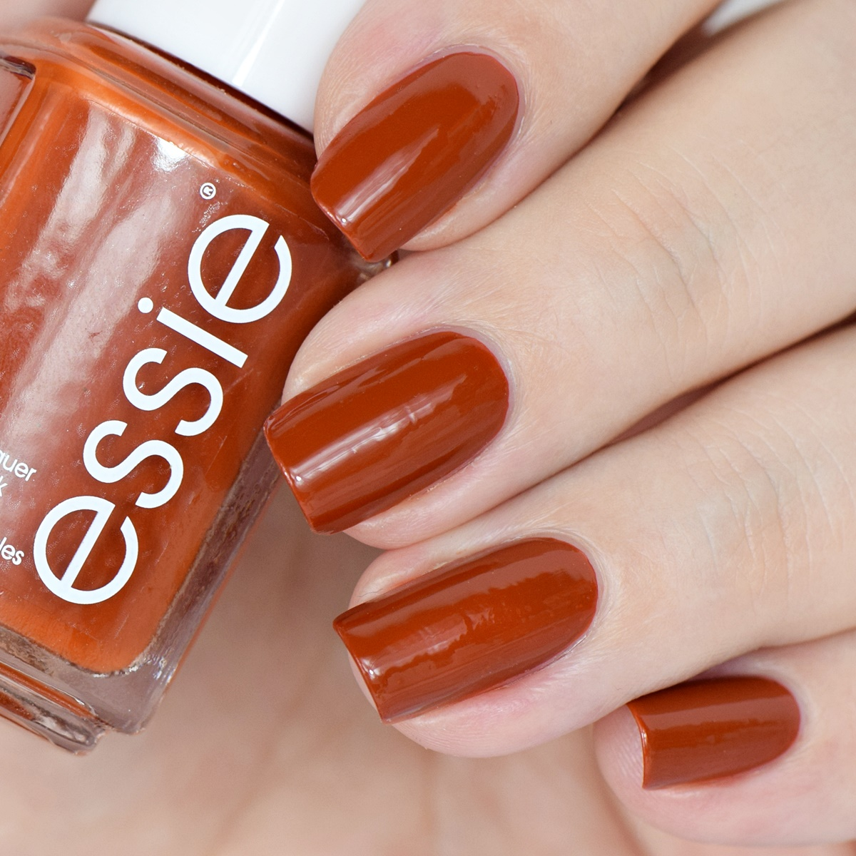 essie Herbst 2016 playing koi Swatches