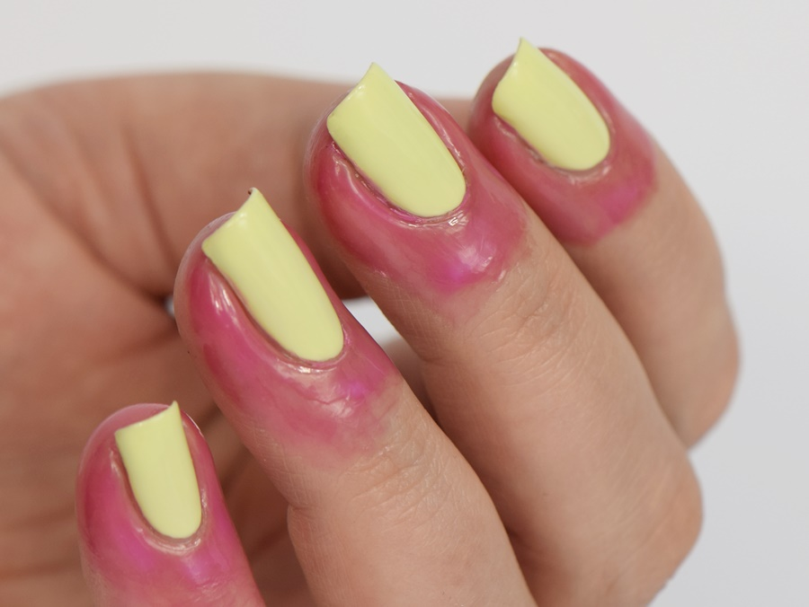 peel-off-latexmilch-fuer-die-nagelhaut