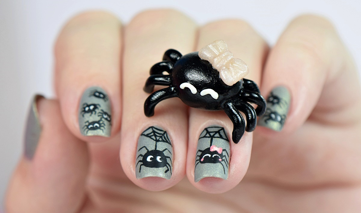 spinnen-halloween-nageldesign-by-nisinails-fimo-figur-selber-machen